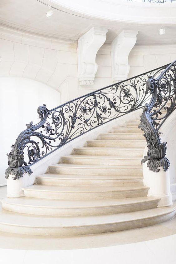 лестница известняк