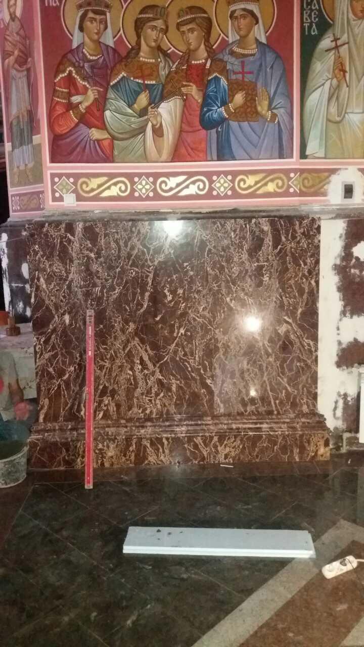 отделка стен мрамором в храме
