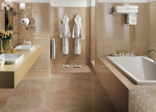 Ванная комната из бежевого мрамора