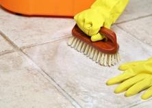 Как чистить и мыть травертин в ванной